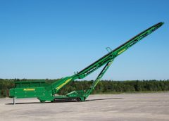 The new 2014 McCloskey feeder stackers – TF80 and WF80 – have an innovative new feature to enhance and streamline the process of material handling and stockpiling.