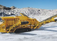 Screen Machine Industries debuted a new triple-deck screen this year, the 622T Spyder.